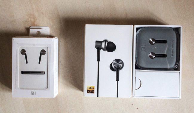 Слева старые Xiaomi Hybrid Dual Drivers, они же Mi In-Ear Headphones Pro. Справа – новые с приставкой HD